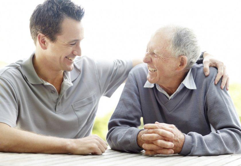 Насколько важную роль в жизни пожилого человека играет общение?