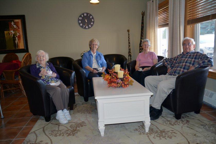 Причины для переезда в пансионат для пожилых